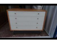 G plan Chest of draws in very good condition,can deliver