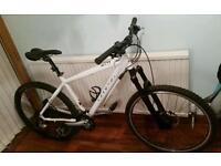 Genesis core 10 white mountain bike