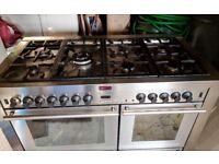 Range Cooker, Stoves dual-fuel, 7 rings, 2 oven/grills, comes with Stoves Cooker hood