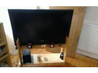 "40"" TV (Acoustic Solutions)"