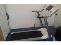 Reebok Edge series electric automatic incline treadmill