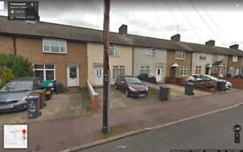 BEAUTIFUL 3 BEDROOM HOUSE READY TO MOVE IN DAGENHAM (RM9)