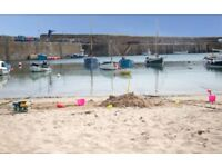 BEAUTIFUL COTTAGE FOR 4 AVAILABLE FOR 2018 IN THE QUAINT HARBOUR VILLAGE OF MOUSEHOLE