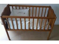 Stactic Crib, mattress & bedding