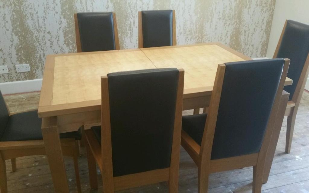 Solid Oak Table 6 Chairs And Matching Unit In Verwood