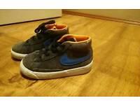 Childrens Nike blazers size 7