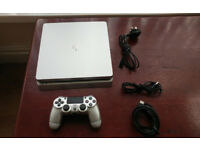 PS4 Silver Slim Console on Rare Firmware 5.05 with Sony Controller in perfect working order