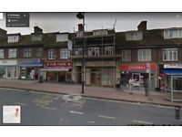 **3 BEDROOM MAISONETTE AVAILABLE IN HORNCHURCH, THE BROADWAY, RM12 4RN