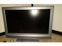 "Sony Bravia KDL-32U2000 32"" 1080i HD LCD Television"