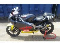 APRILIA RS125 FULL POWER MODEL 33BHP 2 STROKE MOT FULLY WORKING STARTS ON THE BUTTON EVERYTIME