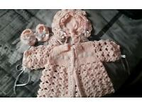 Brand new knitted set 0-6 months
