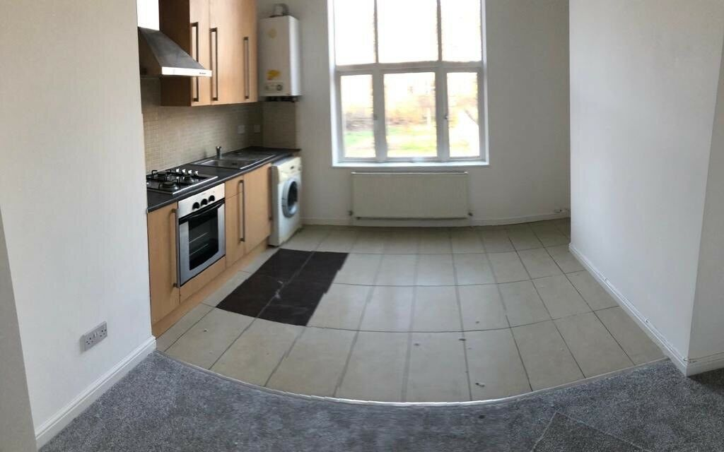 New Refurbished 1 Bedroom Apartment