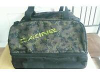 Dakine Boarding bag brand new