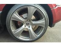 """Range rover 22""""khan wheels with like new tyres"""