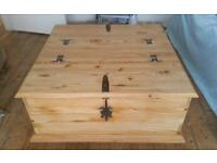 Waxed pine double storage trunk / coffee table