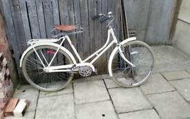 classic vintage style bicycle hi bird