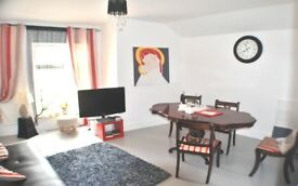 Available immediately - STUNNING, modern & very spacious 2 bed apartment.