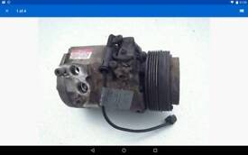 Range rover air-conditioning pump in great working order.