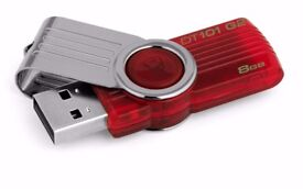 Kingston DataTraveler 8 GB USB 2.0 Flash Drive - Red