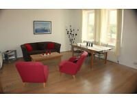 No fees! Sunny, spacious and stylish 4 bedroom furnished flat with great transport links