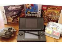 DS lite black + charger + 5 games