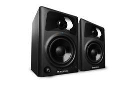M-AUDIO AV42 active speakers perfect condition..boxed