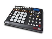 AKAI MPD32 MIDI CONTROLLER