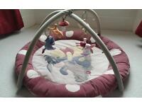 Winnie the Pooh 'Autumnal' Play mat and gym.