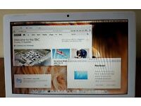 APPLE MACBOOK INTEL CORE 2 DUO 2.16GHZ 3GB RAM 120GB HDD WIFI WEBCAM OS X