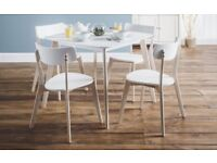 *FAST & FREE UK DELIVERY* Brand New Retro Vintage Style Solid Wood Dining Set with 4 Chairs in White