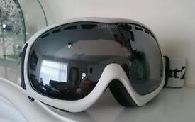£95 Polariser goggles glasses ski snowboarding snow