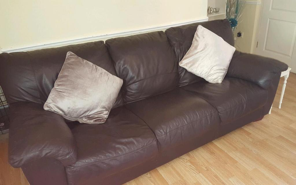3 And 2 Seater Leather Sofas In Christchurch Dorset