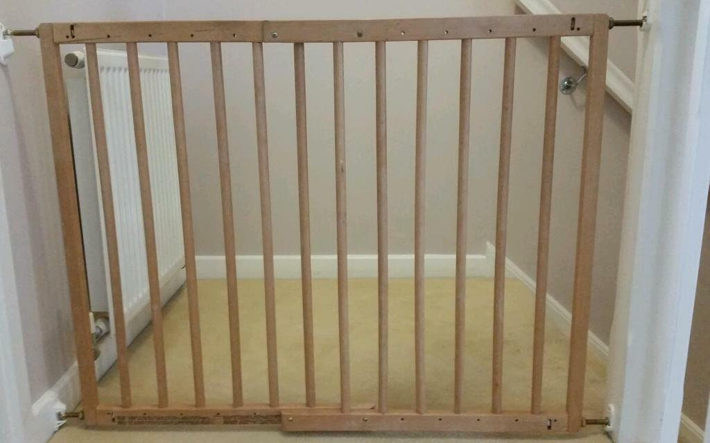 Babydan Extendable Wooden Stair Gate In Stamford Bridge