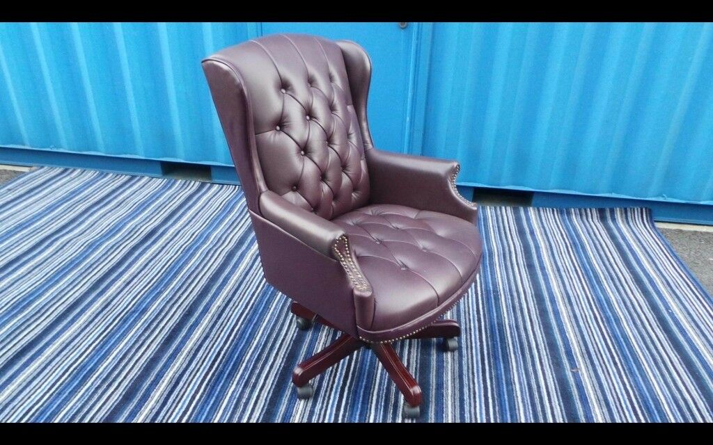 Chesterfield office chair,Faux/Leather,Can Deliver 07989088223