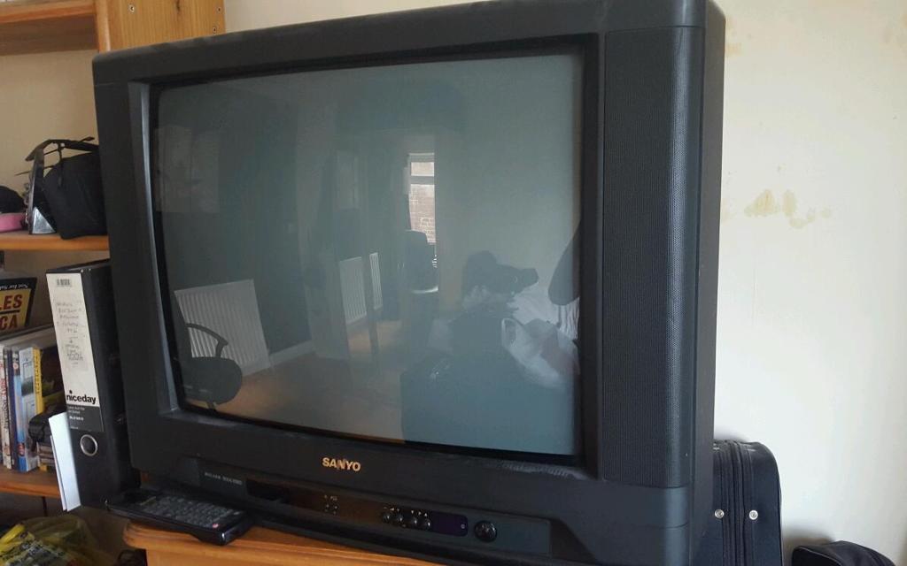 24 Inch Crt Tv In Beeston Nottinghamshire Gumtree
