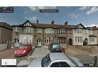 MODERN 3 BEDROOM GROUND FLOOR FLAT TO LET IN CHADWEL HEATH. ROXY AVE (RN6) RENT INC COUNCIL -TAX