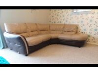 Real Leather Quality Corner Sofa In Very Good Condition,Can Deliver