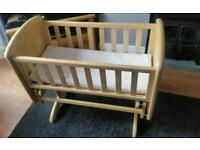 Glider crib with mattress