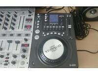 Stanton cddj decks with mixer