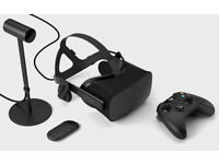 Oculus Rift - With 1 sensor + Touch Controller and Xbox One controller - Pristine