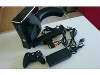 XBOX 360 250GB, kinect, controller and all the cables
