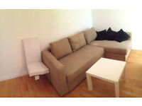 COSY SINGLE ROOM AVAILABLE IN 4 BEDROOMS FLATSHARE IN WESTFERRY E14