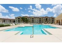 Beautiful poolside 3 Bedroom Aptartment near Disney, Orlando, Florida