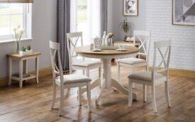 Eversham circulat oak/ ivory table + 4 chairs.