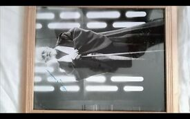 STAR WARS ITEM. GENUINE SIGNED PHOTO OF SIR ALEC GUINNESS(OBI WAN KENOBI