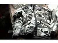 Gortex bike jacket and trousers