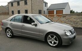 2004 MERCEDES C220 CDI AVENTGARDE DIESEL AUTOMATIC FULL SERVICE HISTORY LONG MOT