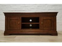 Tv Cabinet (DELIVERY AVAILABLE FOR THIS ITEM OF FURNITURE)