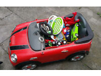 KIDS BOYS GIRL RED ELECTRIC TOY CAR MINI COOPER CHARGEABLE OUTDOOR TOY FOR SUMMER GIFT ACTIVITY