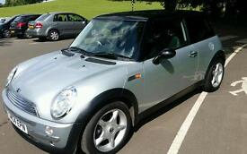 Mini Cooper 2004 Silver Metallic loads of extras long mot 75000 miles